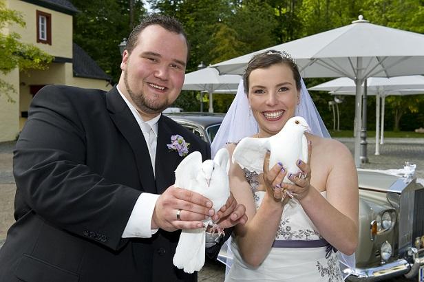 Die Hochzeitsfotografie ist eine eigene Sparte innerhalb der (Anlass-bezogenen) Fotografie, mit ihren ganz eigenen Regeln und Gesetzen. (#01)