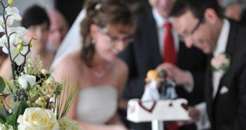 Spezielle Bräutigamtorten neben der klassischen Hochzeitstorte